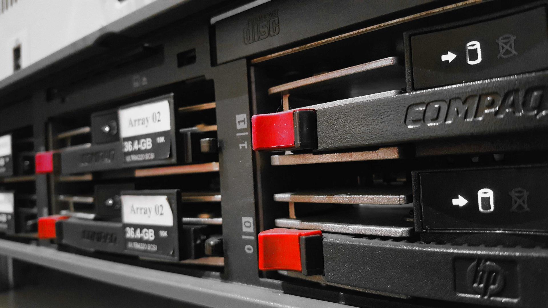 prestataire informatique maintenance serveur paris